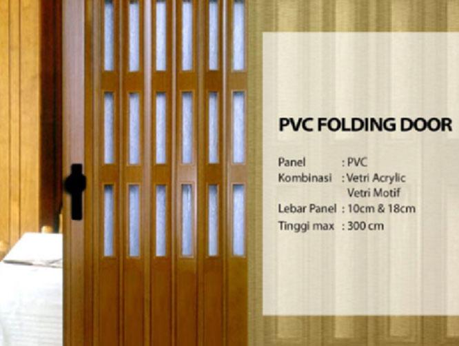 666x502-Folding-Door
